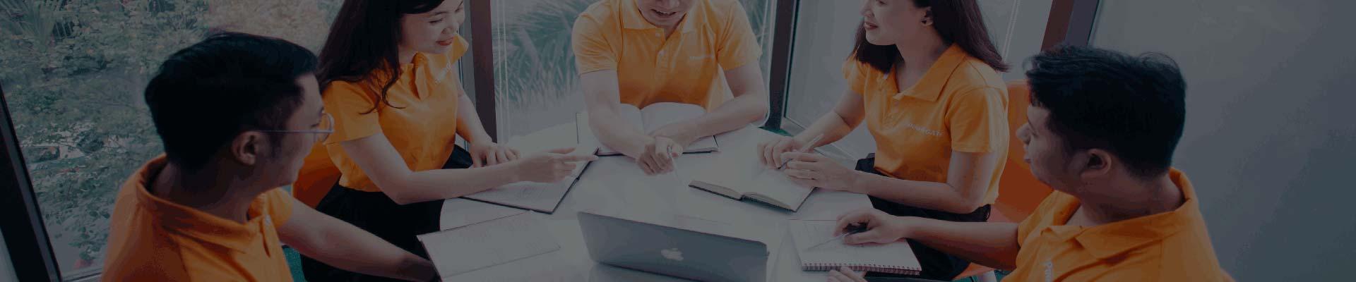 専任のソフトウェア開発チーム